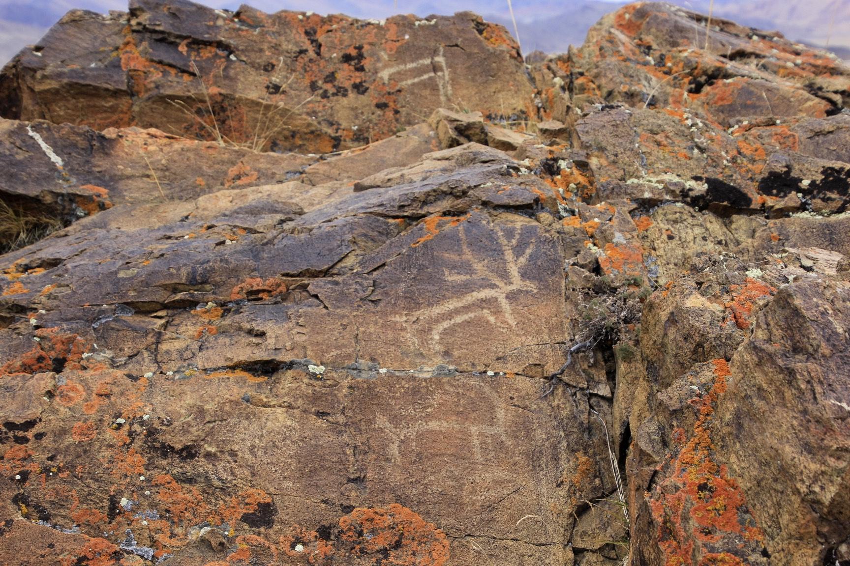 Small petroglyphs on the summit