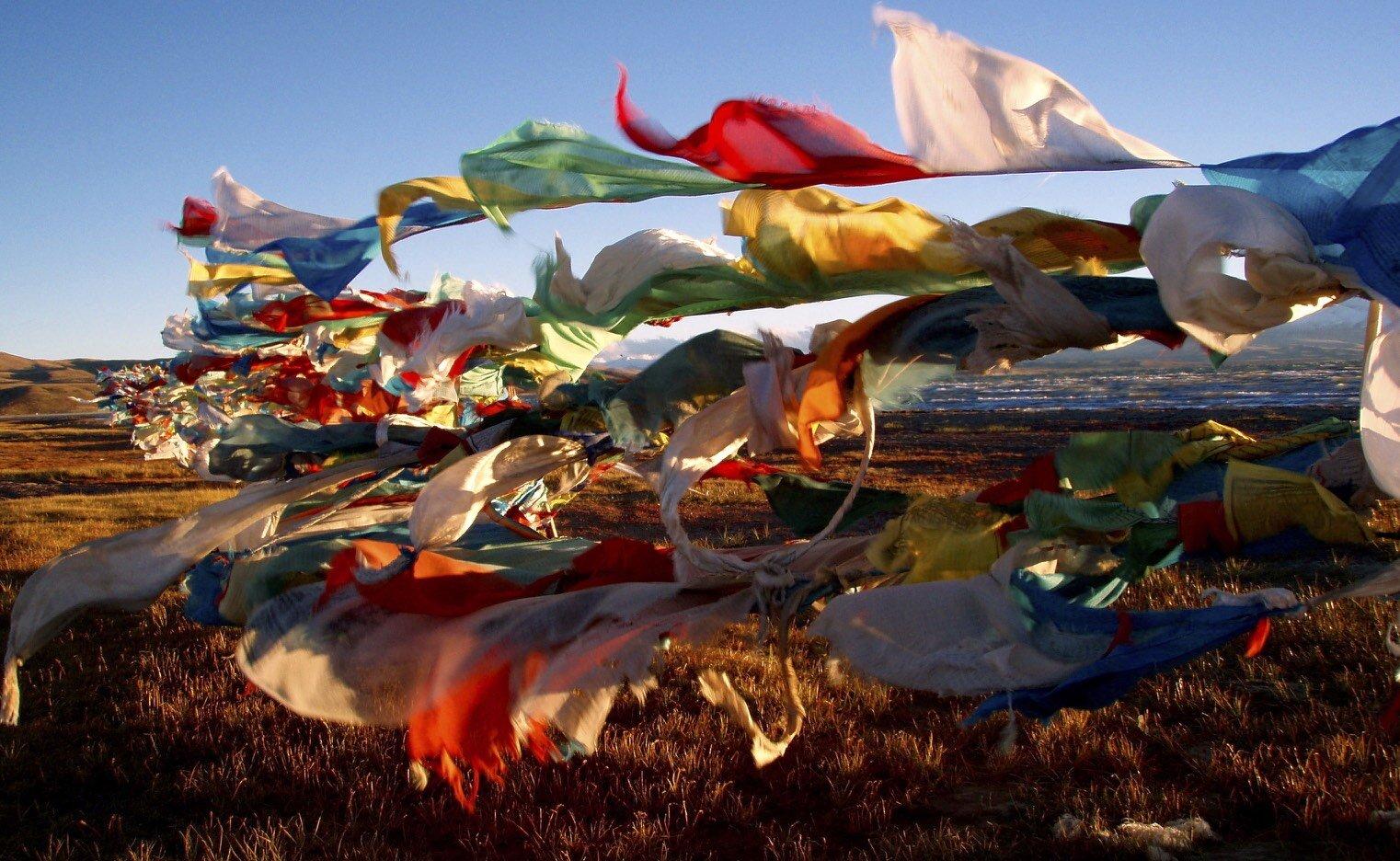 prayer flags mansovar 2.jpg
