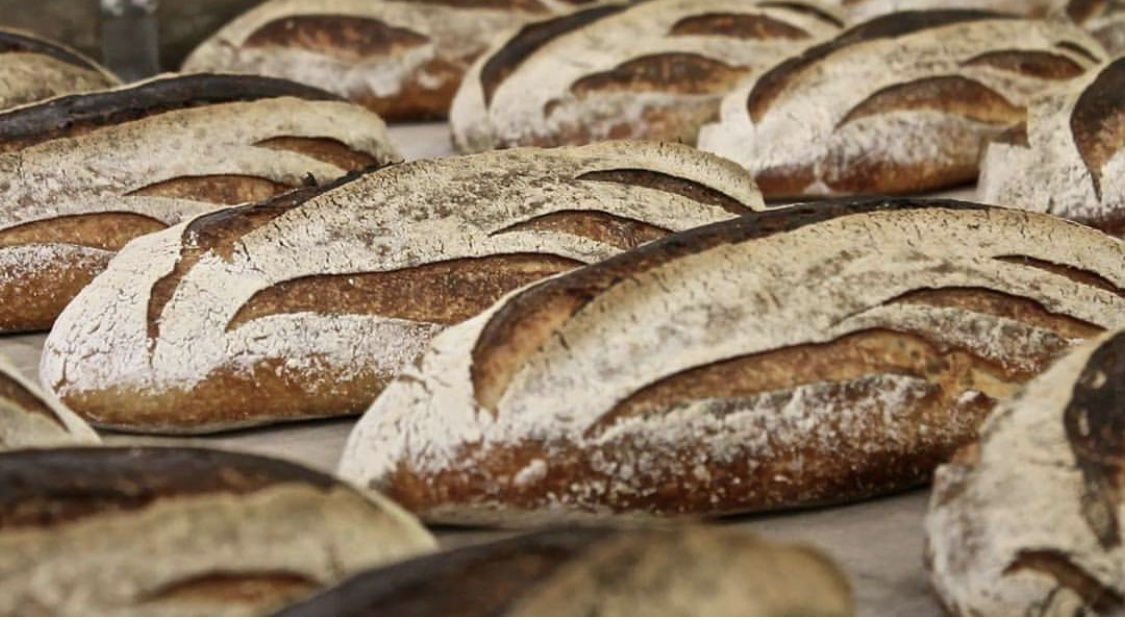 Iggy's is a Bronte institution and we are proud to stock their delicious, addictive loaves on the weekends. Get in while supplies last, though, cause these bad boys do not last long.