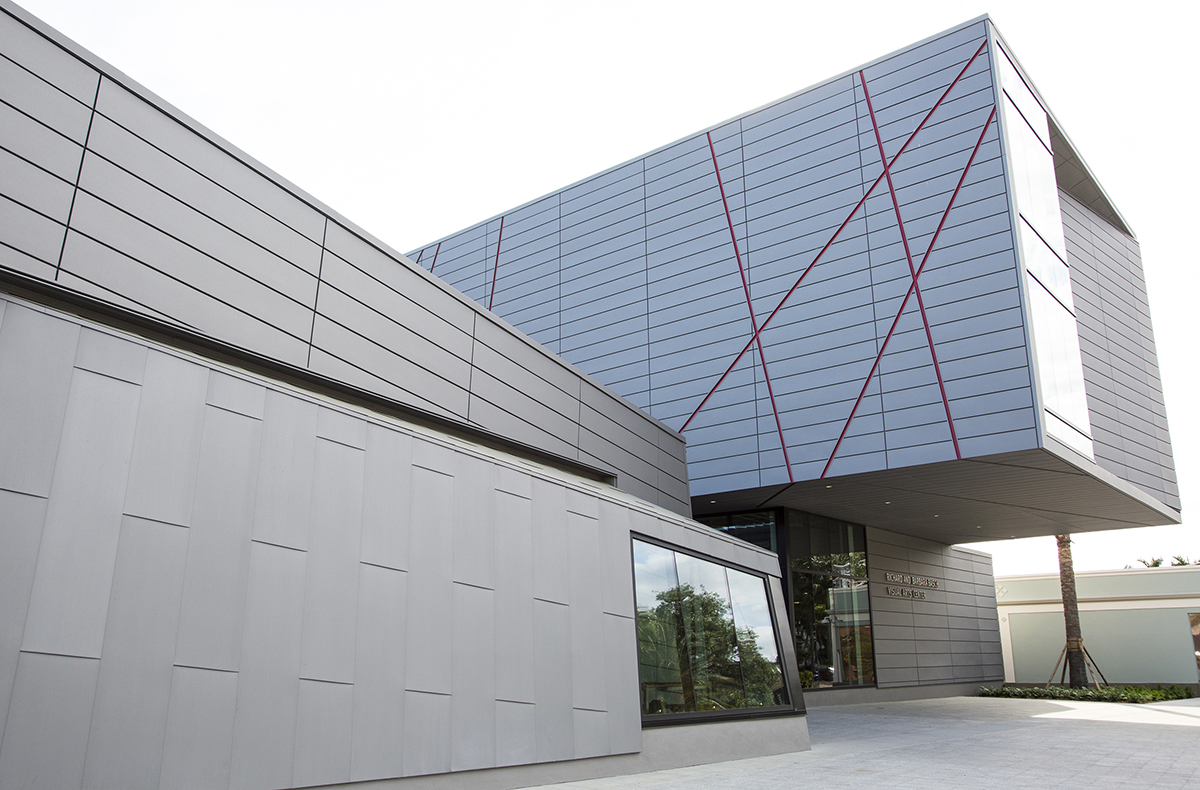 New visual arts center