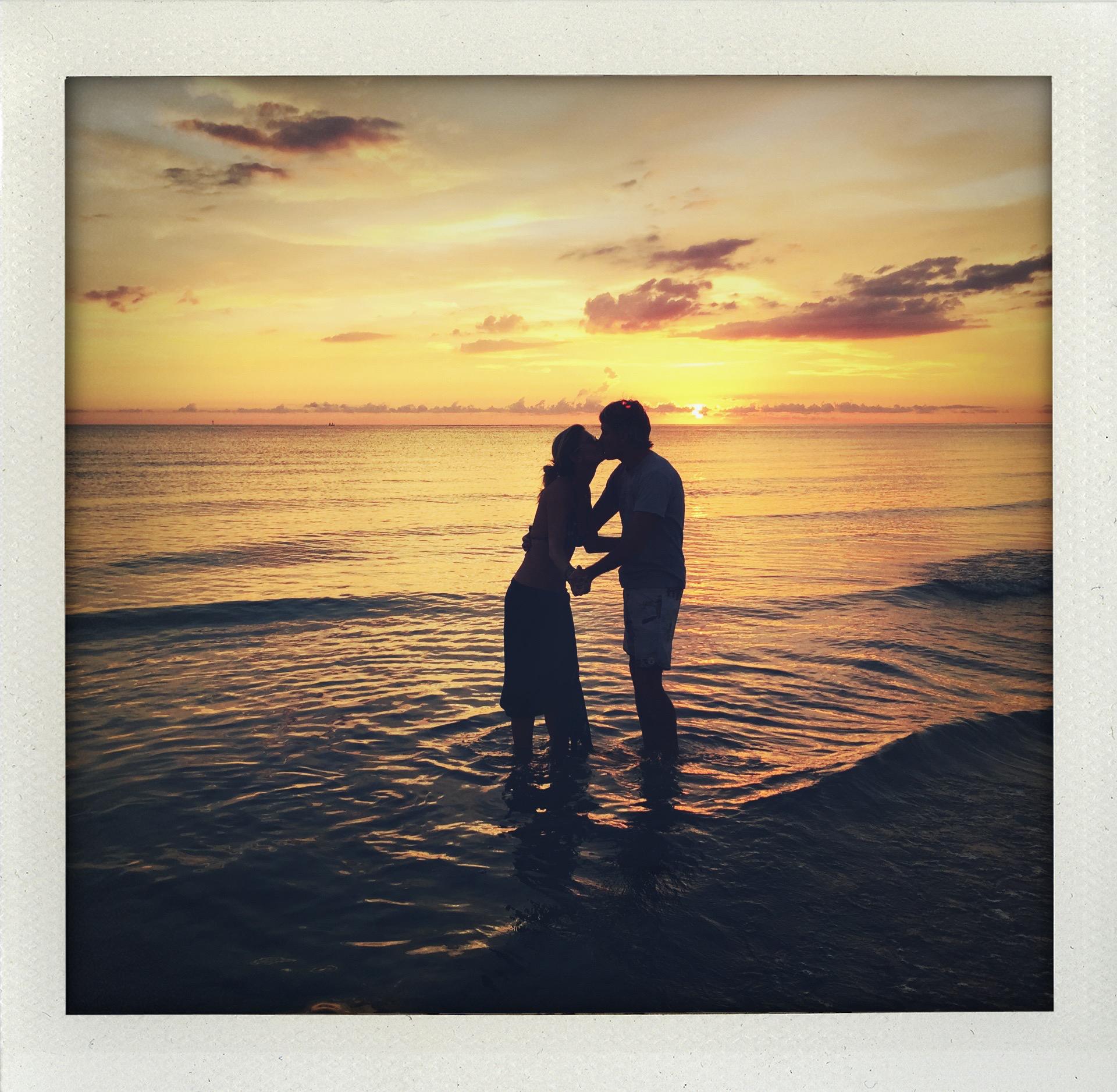 kissing sunset