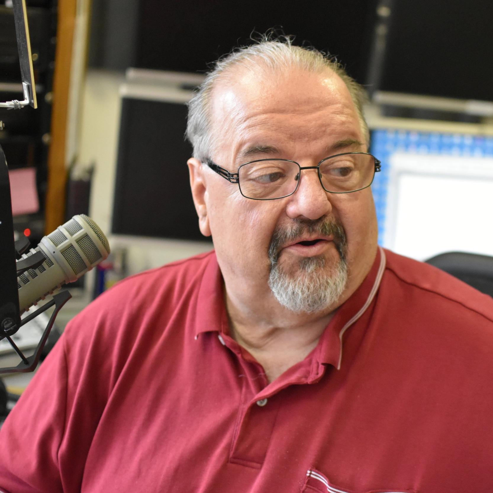 Joe Reilly - M-F 6a-10a | The Morning Buzz
