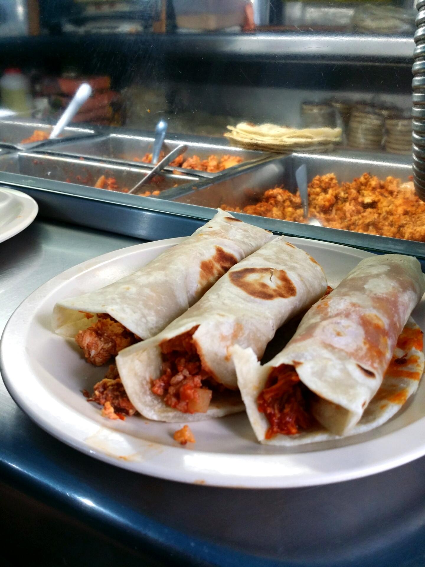 Tacos_Norteños_at_La_Tonina_photo_NicholasGilman.jpg