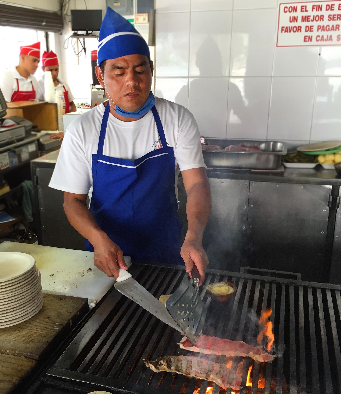 tacos_Los_Parados_photo_Nicholas_Gilman.JPG