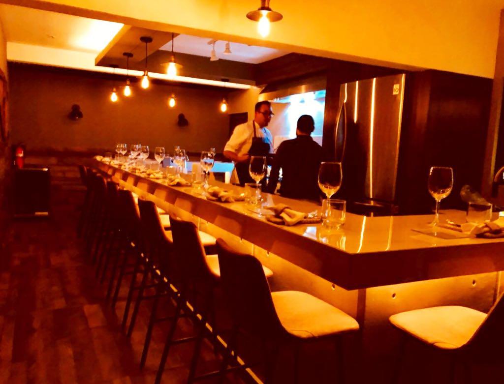 NOM Restaurante (1).jpg