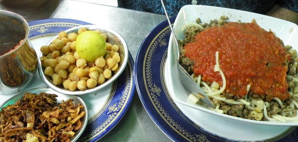 Koshary at Abou Tarek