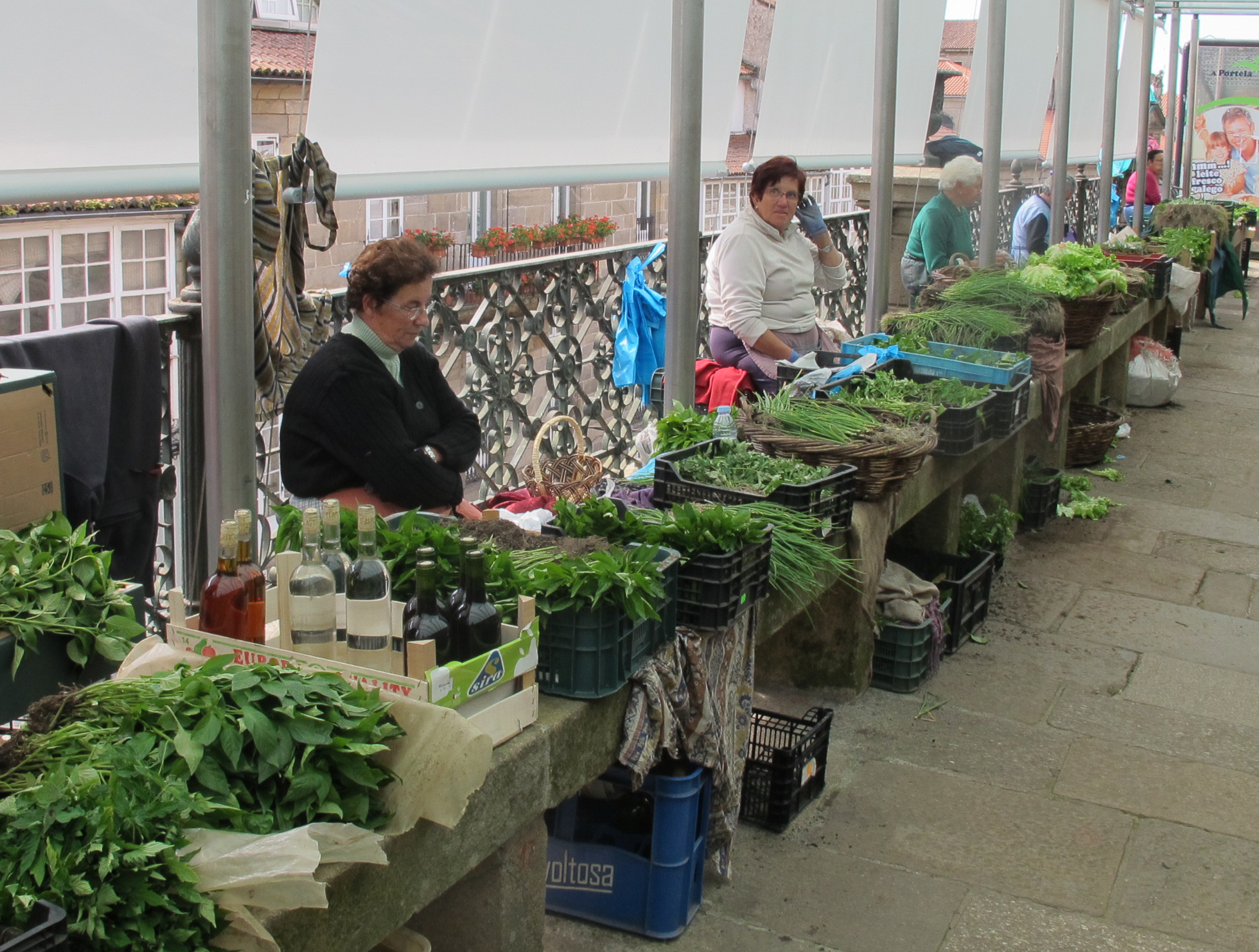 vendors from the countryside.JPG