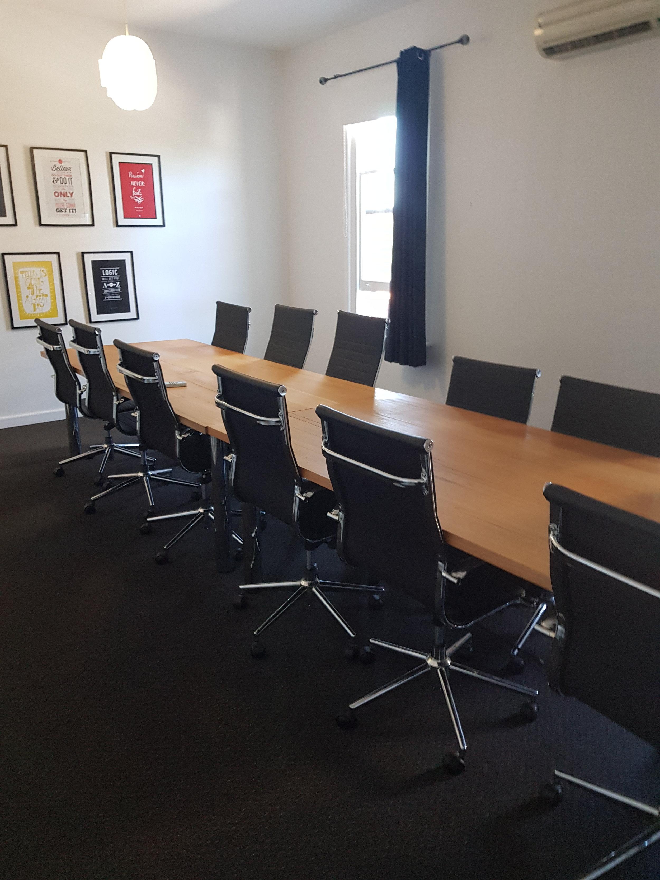 mrbenedict_meeting_room
