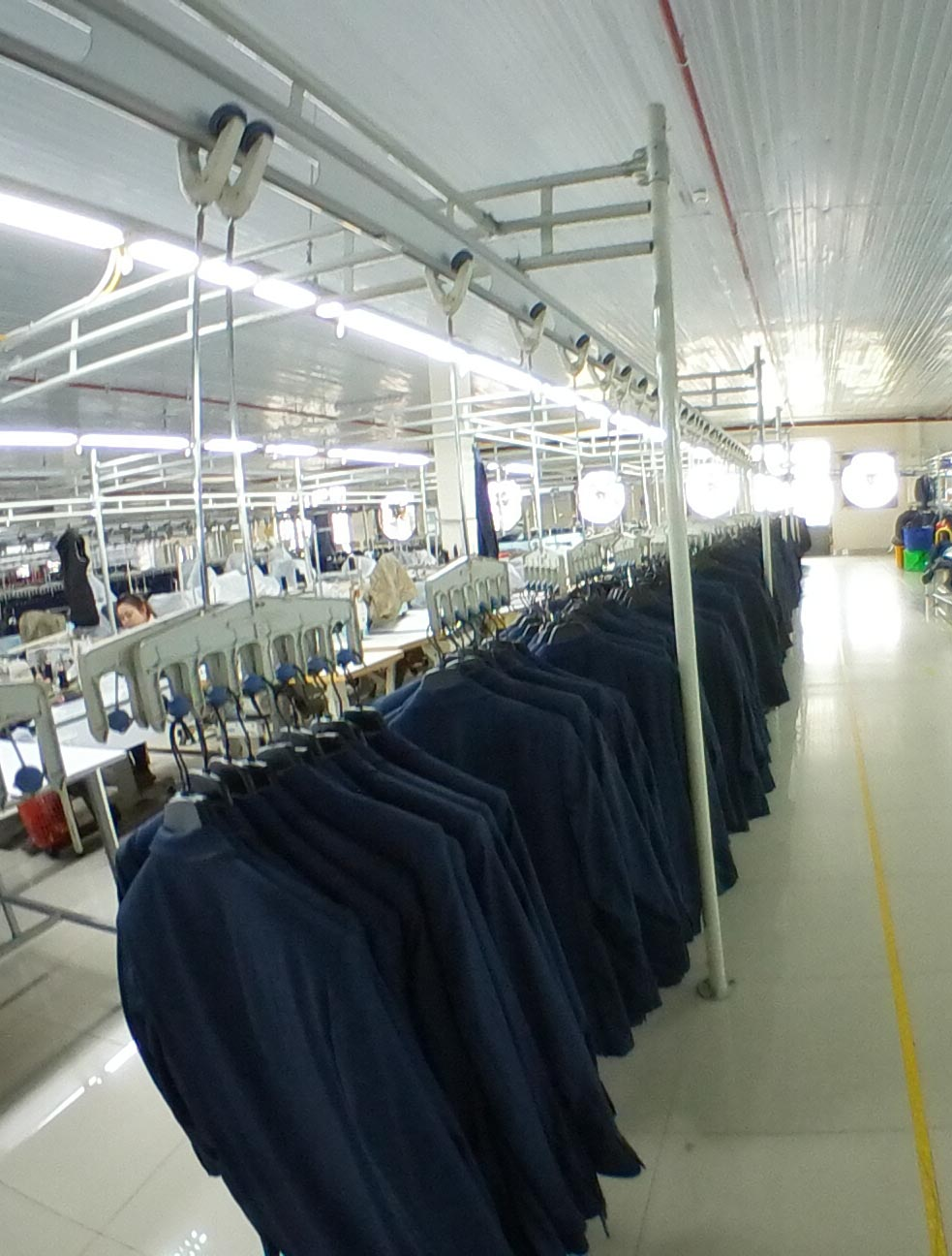 HANGERS SYSTEMS - With the advantages that classical garment production systems can not achieve, the automatic hangar system is the choice of companies seeking to increase productivity and modernize management. At Van Dinh we always advise your company the best suspension solution with a reliable qualityRead More
