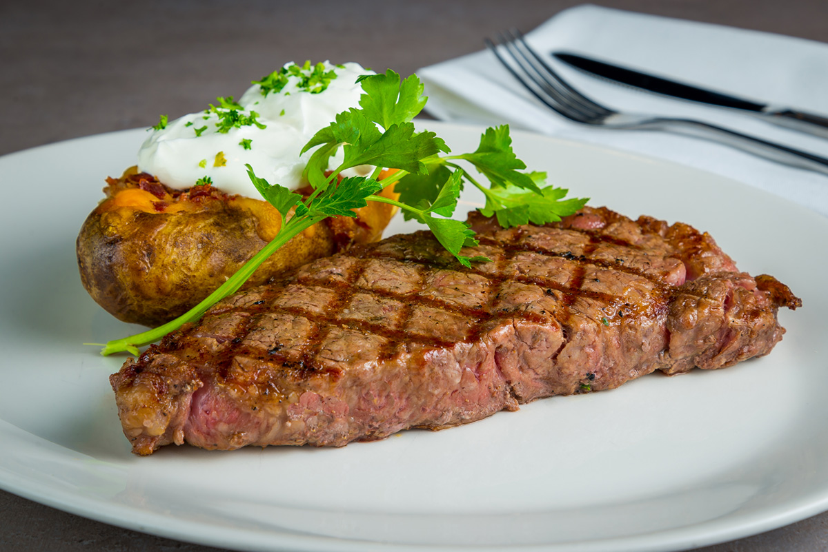Viena-RestaurantNew-York-Strip-2019.jpg