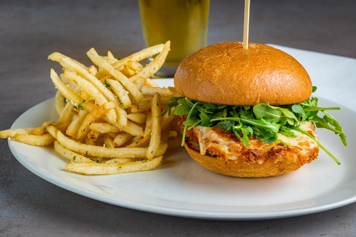 Viena-Restaurant_Chicken-Parm-Sandwich-2019.jpg