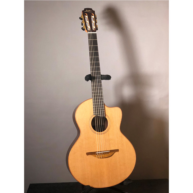Acoustics — Guitarsofa