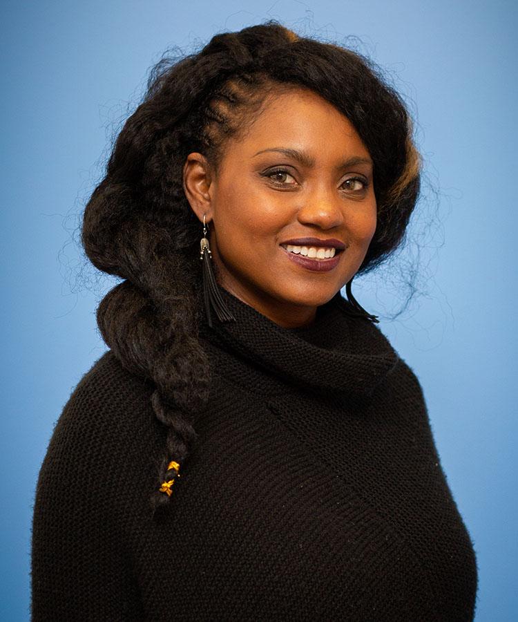 Trezanra Robertson, Coordinator of Volunteer Management