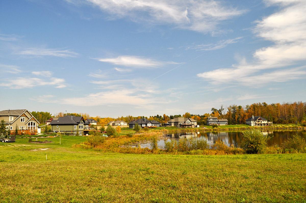 Loon Lake Homes Fall 2014-1200px.jpg