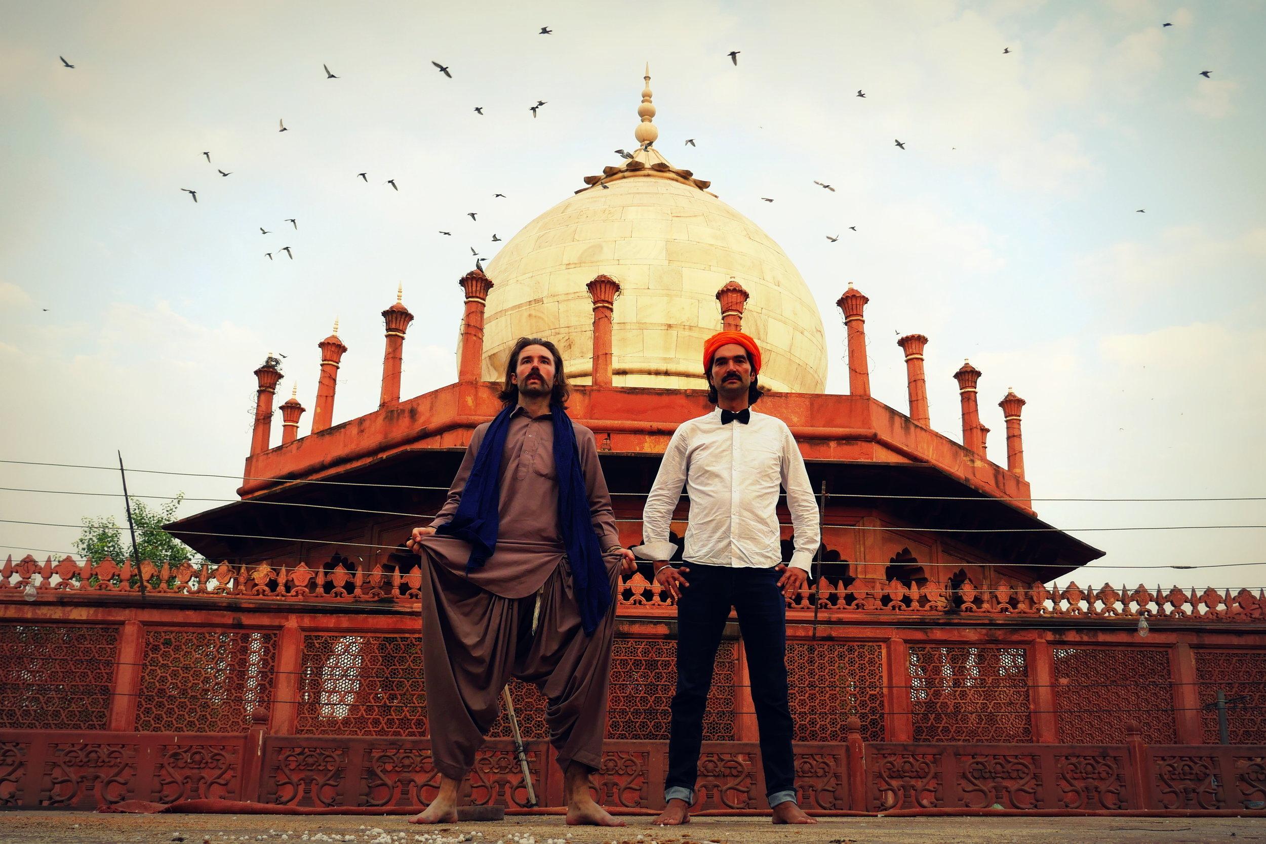 32. india, Agra close to the taj mahal,.jpg