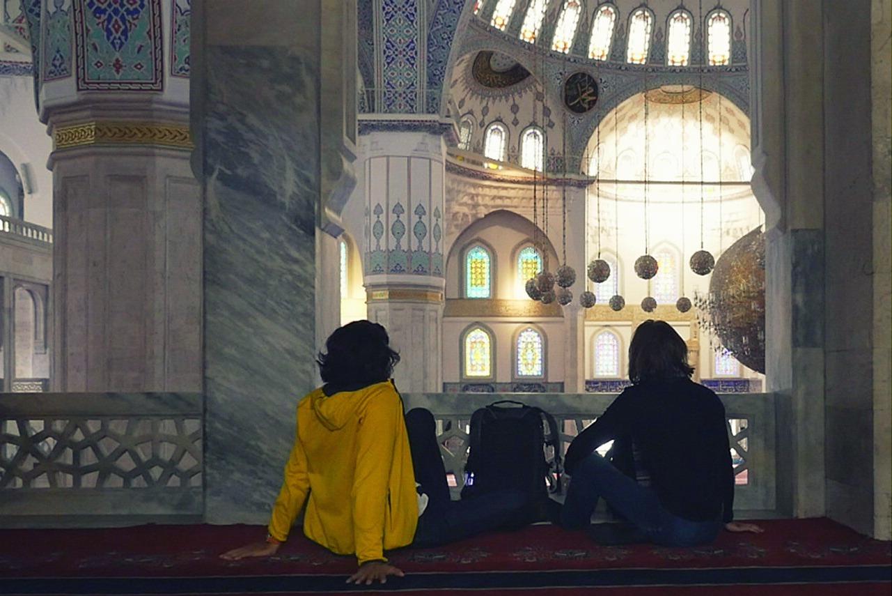 6. Turkey,Ankara, walking up in the mosque.jpg