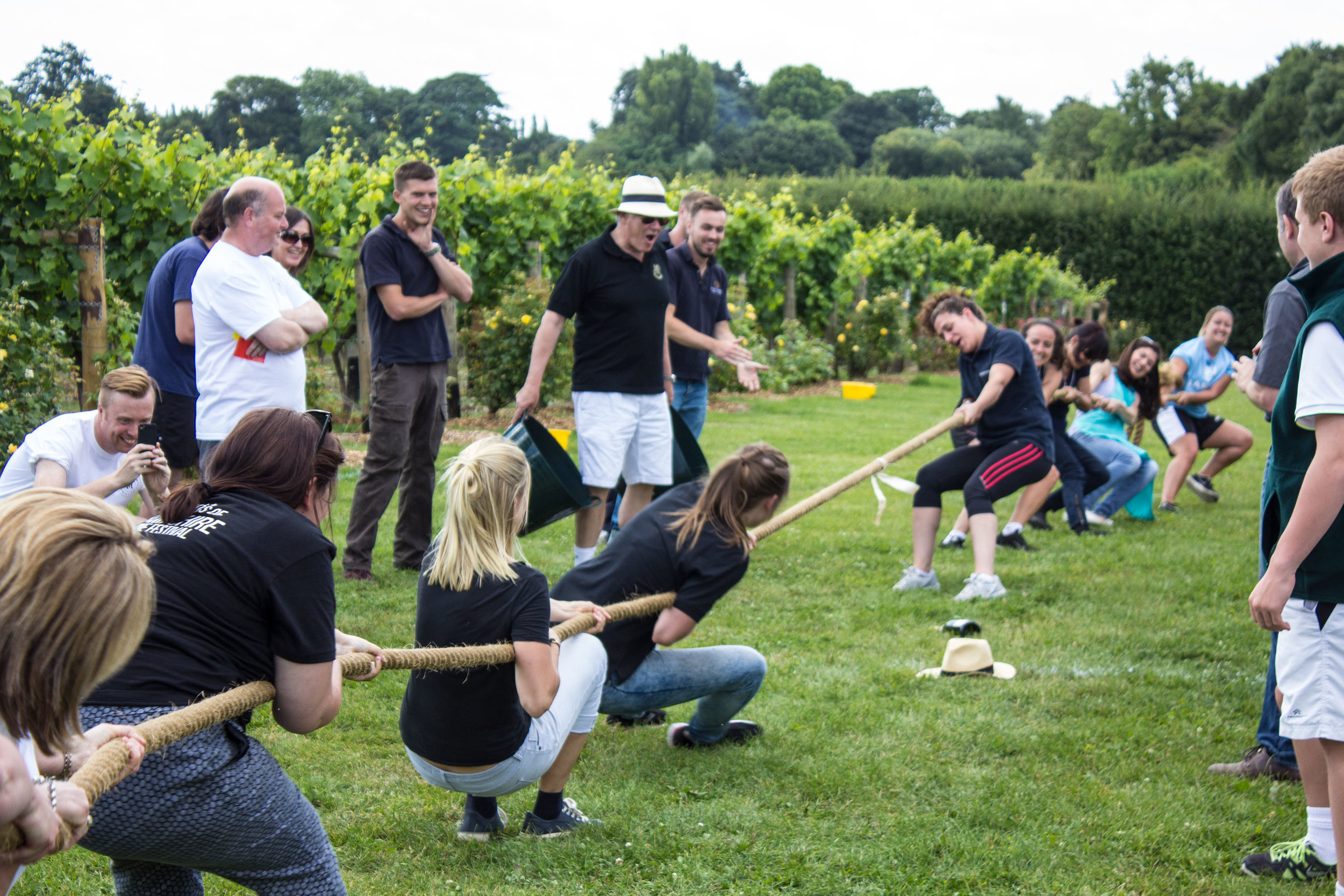 GBW_Tug of War and supporters - girls.jpg