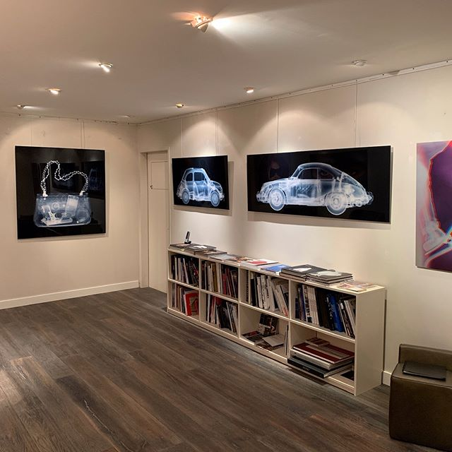 X-ray art exhibition on show @belairfineart_official Crans Montana Switzerland. Please check it out if you can.  #nickveaseyxray  #belairfineart  #xrayart  #contemporaryart  #classiccars  #classiccar  #classiccarart