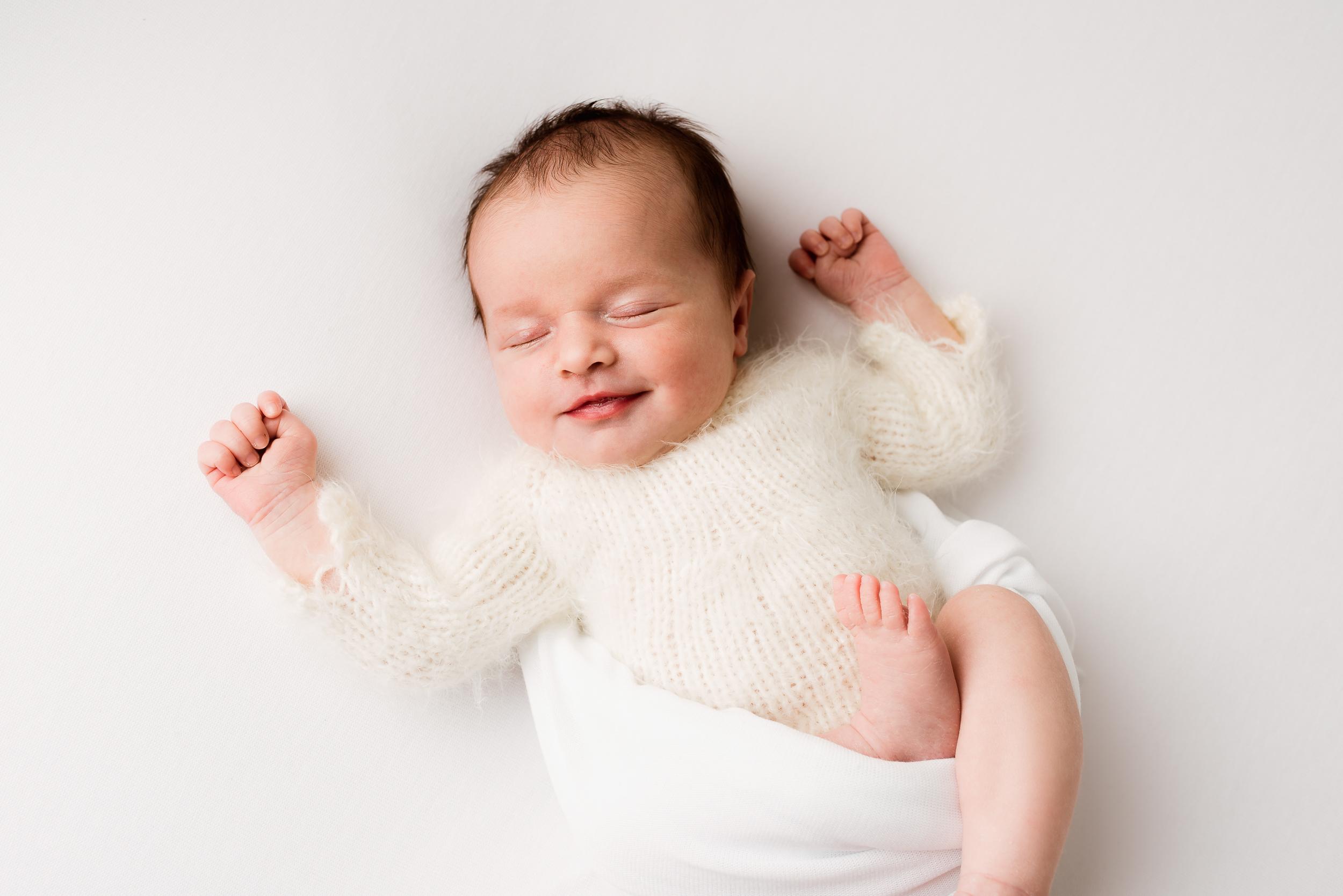 Baby photographer Woodley