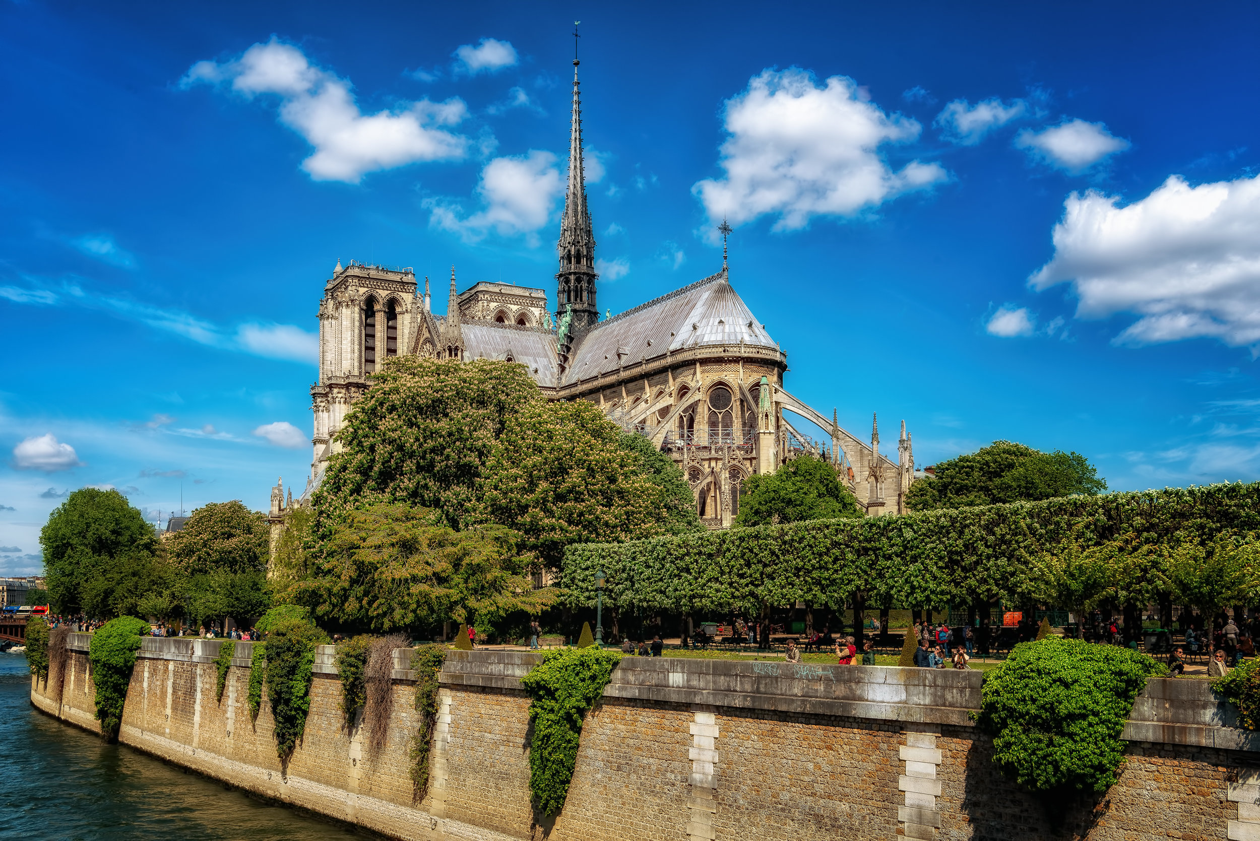 Notre Dame - Nikon D750, 1/200 @ f/13, ISO100, 35mm. Shot this in the Spring of 18. Like so many citizens of the world, absolutely heartbroken by the damage done to this beautiful cathedral in the recent fire.