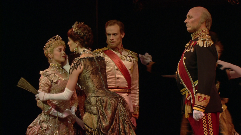 Mayerling-00_07_44-00016.png