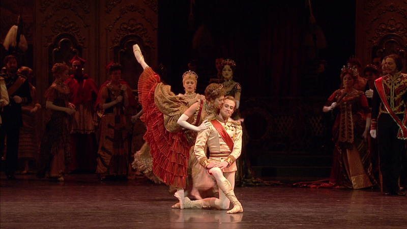 Mayerling-00_13_01-00009.png