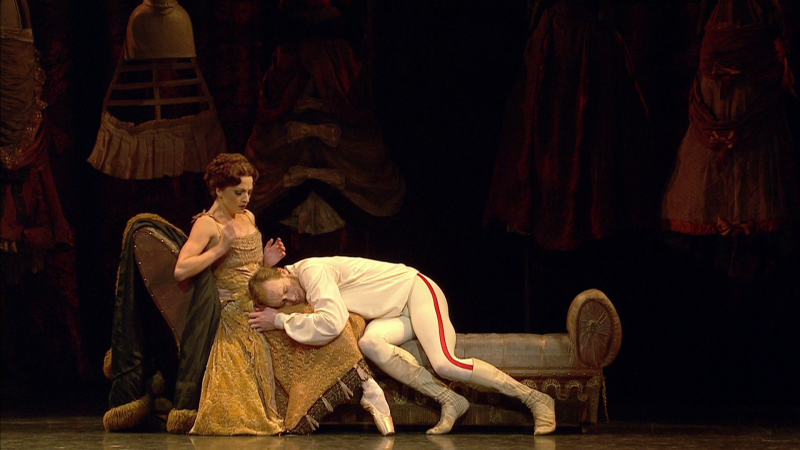 Mayerling-00_27_23-00026.png