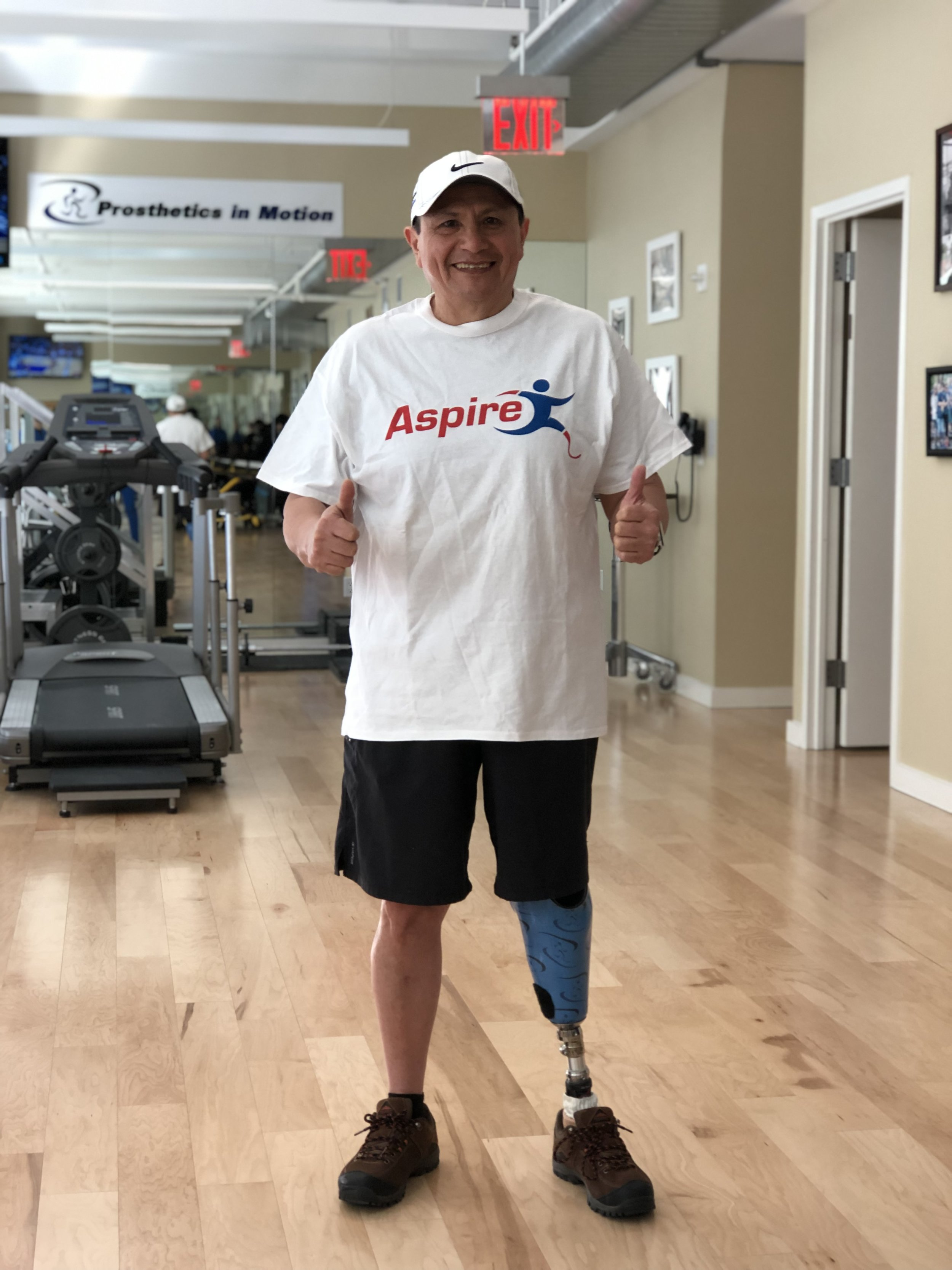 Ricardo - In 1982 Ricardo lost his left leg below the knee in a motorcycle accident. Since then Ricardo became more involved in wheelchair racing and to date has competed in 63 Marathons, 22 triathlons and 4 Ironman Triathlons.