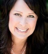 Lisa Thompson, Agent