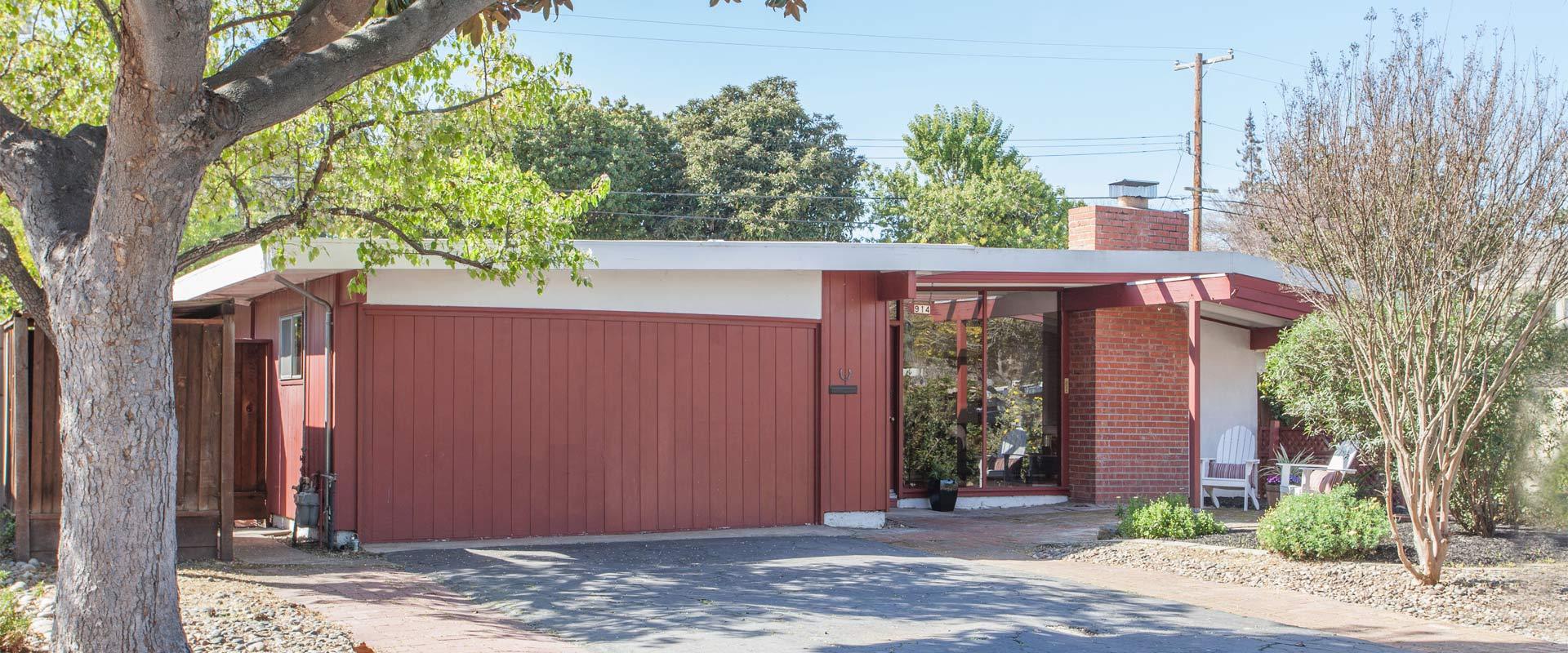 Colonial - Palo Alto