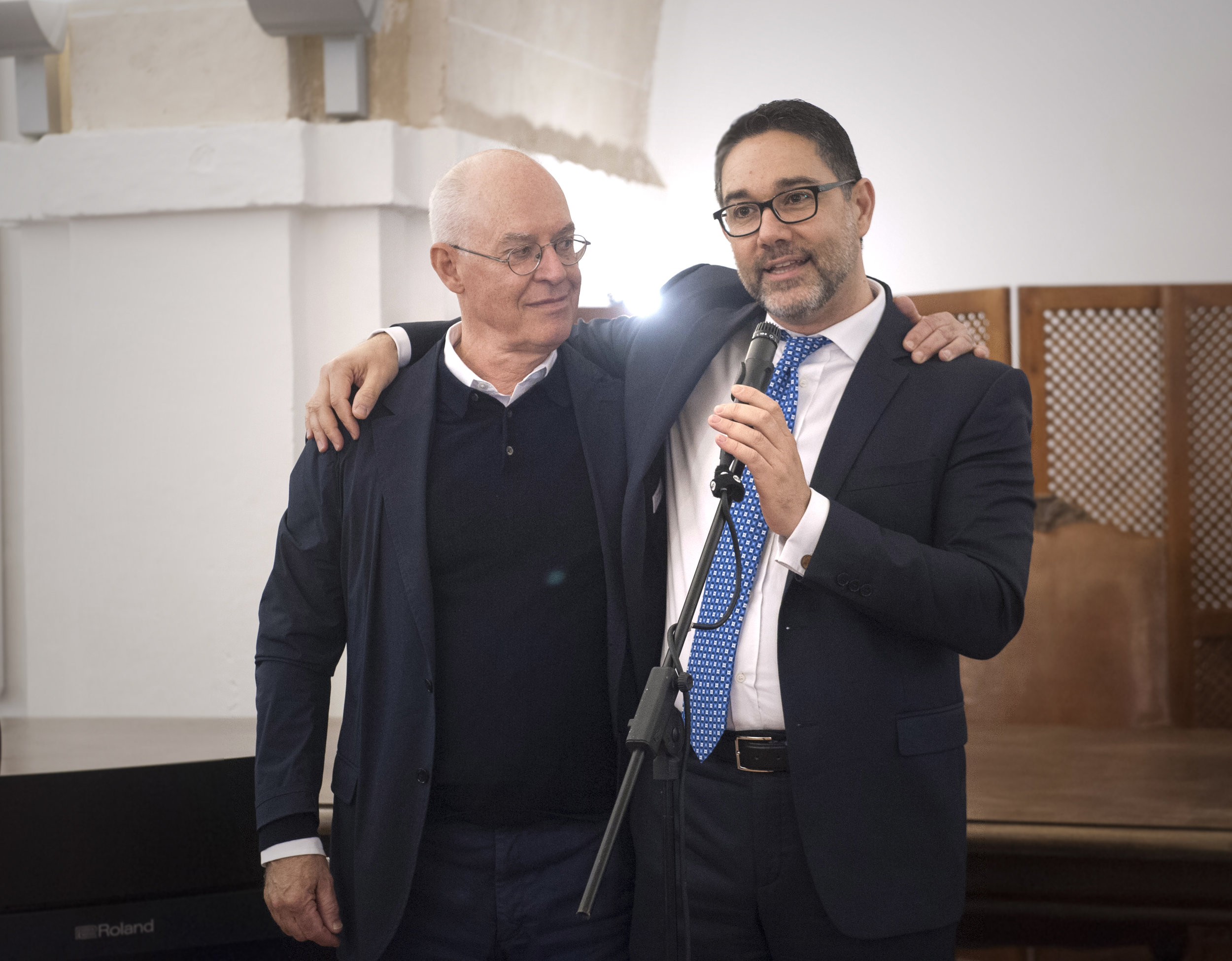 WASAC's Christian Pleijel with Gianni Chianetta, Director of the Greening the Islands announcing the 2019 conference in the Baltic