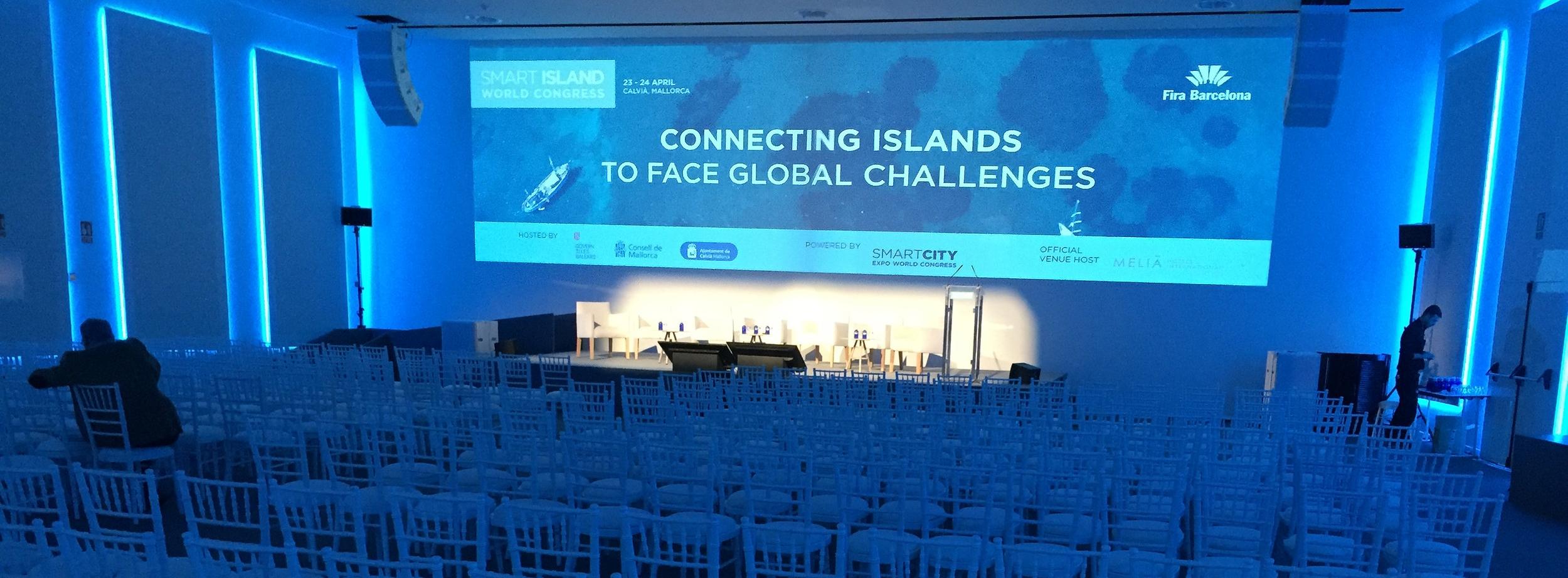 Smart Islands 2018 Auditorium.jpg