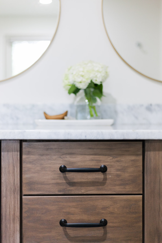 oryx-mirror-ren-will-scout-nimble-bathroom-remodel.jpg