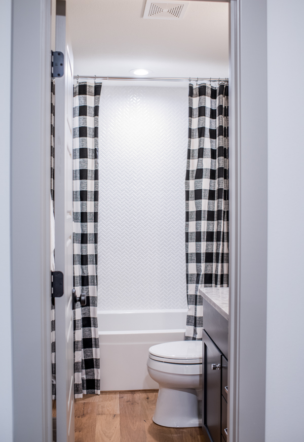 bathroom-remodel-scout-nimble-before-after.jpg