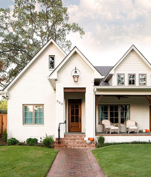 Design by  Willow Homes  | Photography by  Tommy Daspit