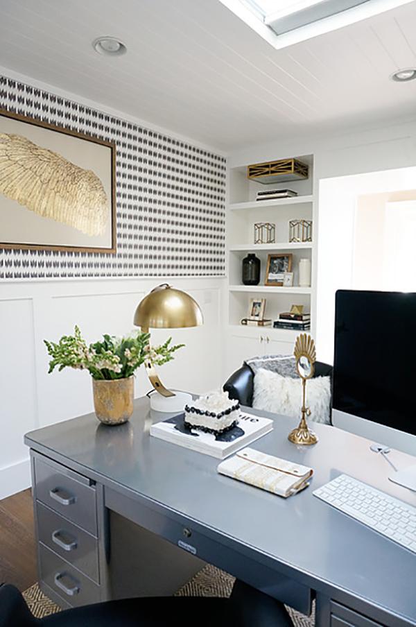 Kathryn-Miller-Interiors-Blue-Office-Styling.jpg