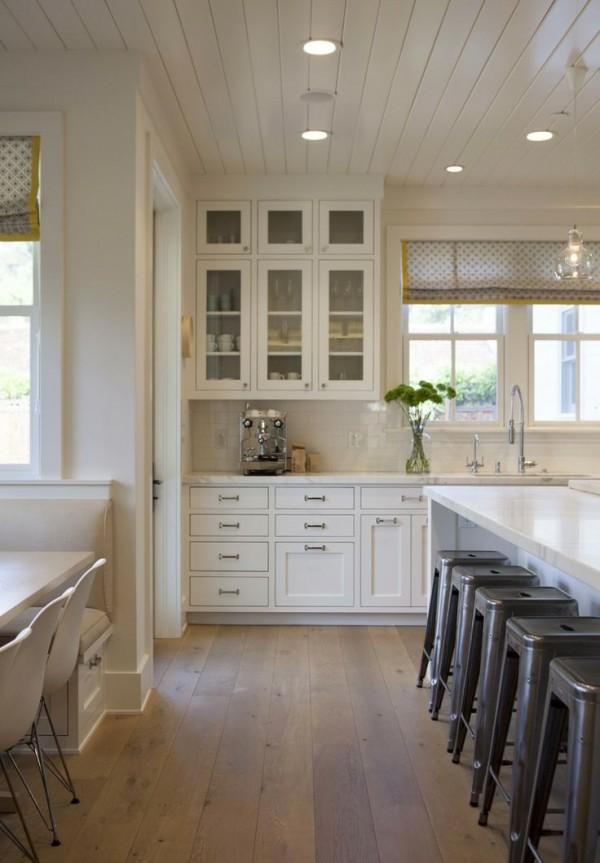 wood-floors-white-kitchen-modern-organics-interiors-e1443180836292.jpg