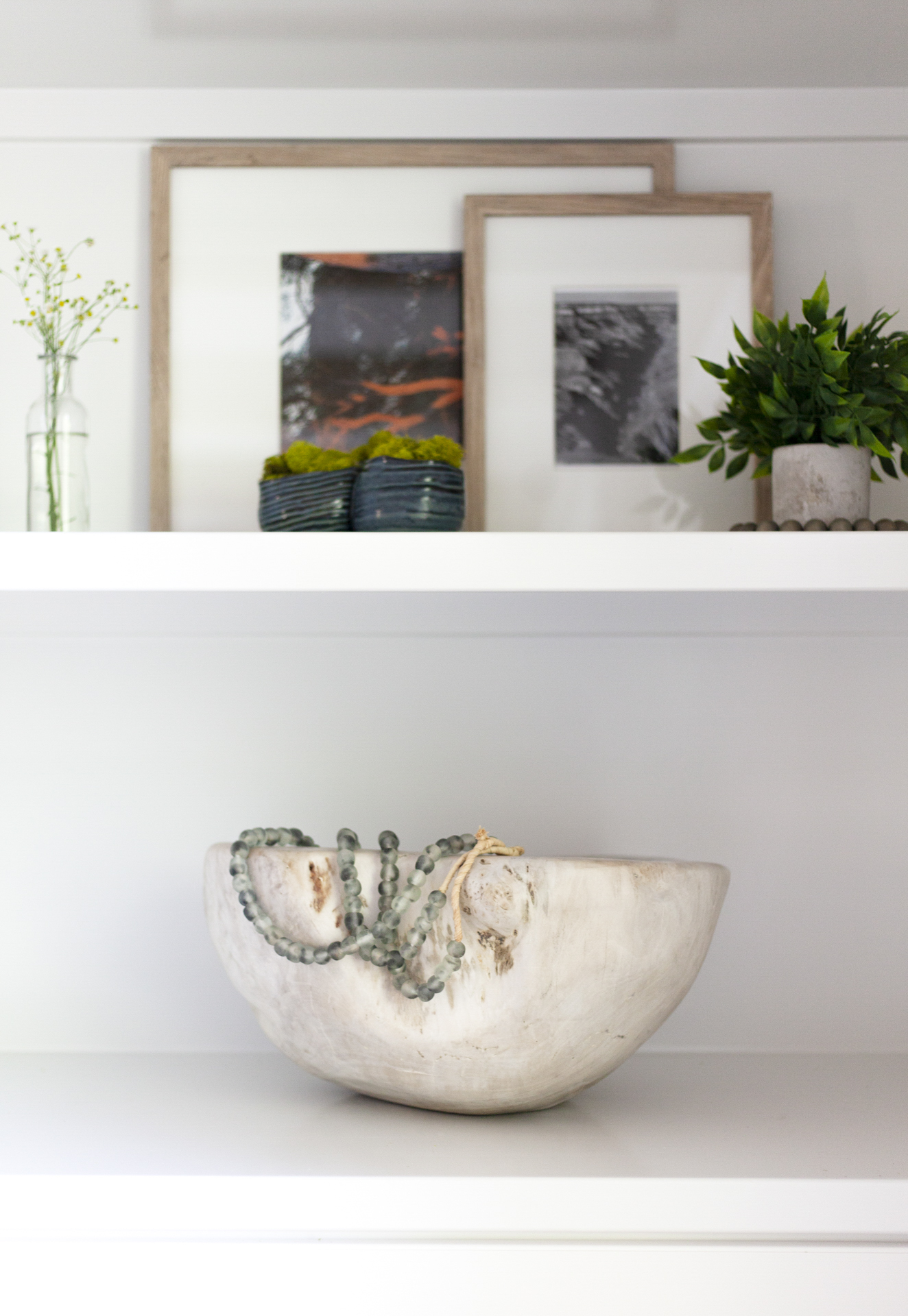 before-and-after-home-reveal-scout-and-nimble-lake-view-luxe-country-interior-design-built-in-shelves-shelf-styling-beads-56.jpg