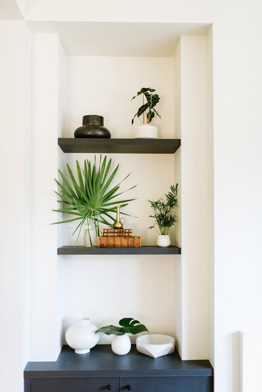 Designer  Megan Bachmann Interiors  | Photographers  Delbarr Moradi  and  Paul Dyer