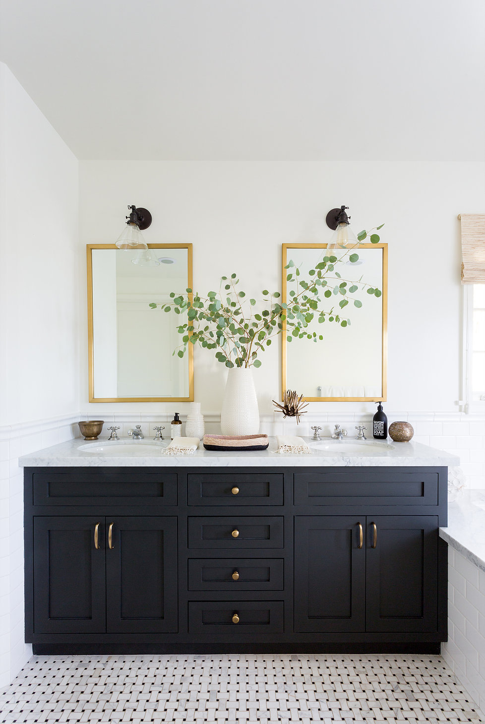 Design by  JDP Interiors , Photography  Amy Bartlam