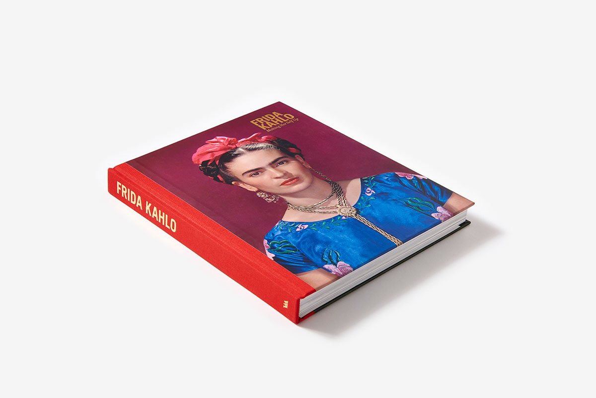 $29.12 • Frida Kahlo: Making Her Self Up By: Claire Wilcox