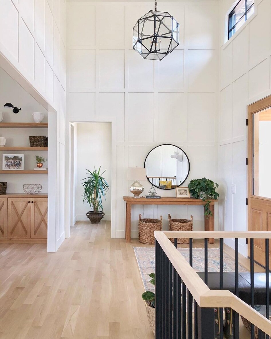Design by  Lindsay Hill Interiors