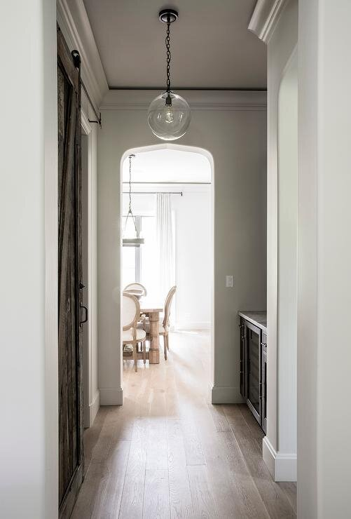 Design by  Kate Marker Interiors  | Photography by  Emily Kennedy