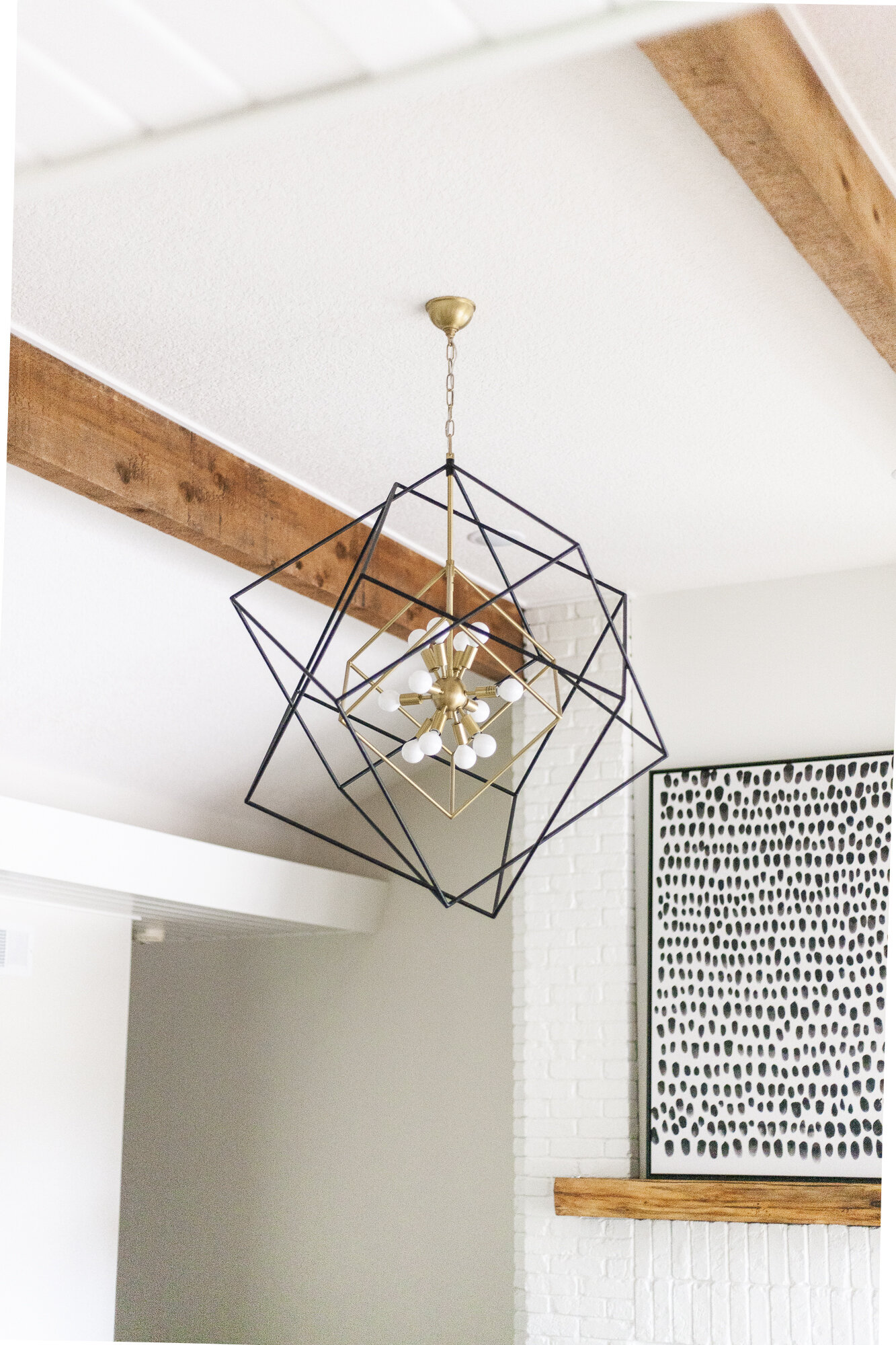Home Reveal Cozy Contemporary Living Room Scout Nimble