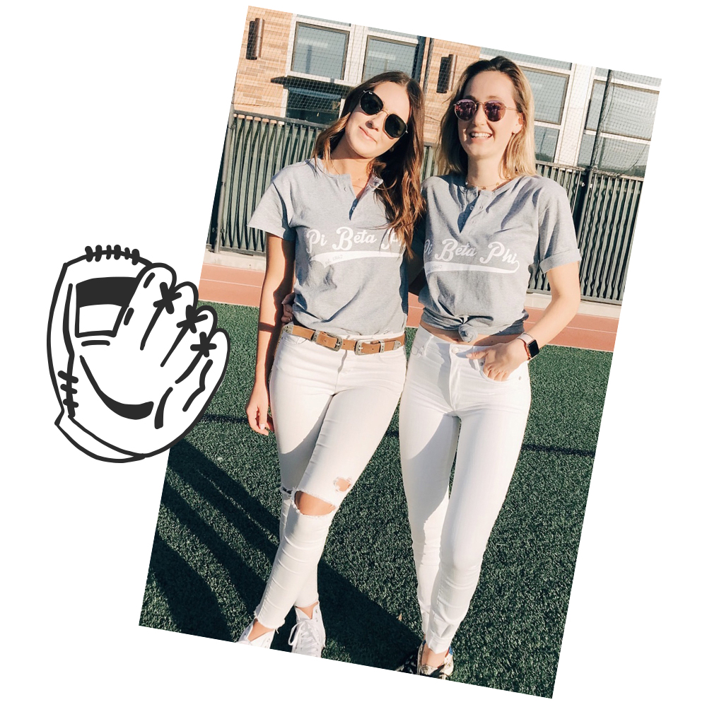 Tucked In With A Belt - Do you favor a preppy look? Dress your baseball tee up with statement white jeans and tuck it in with a belt.
