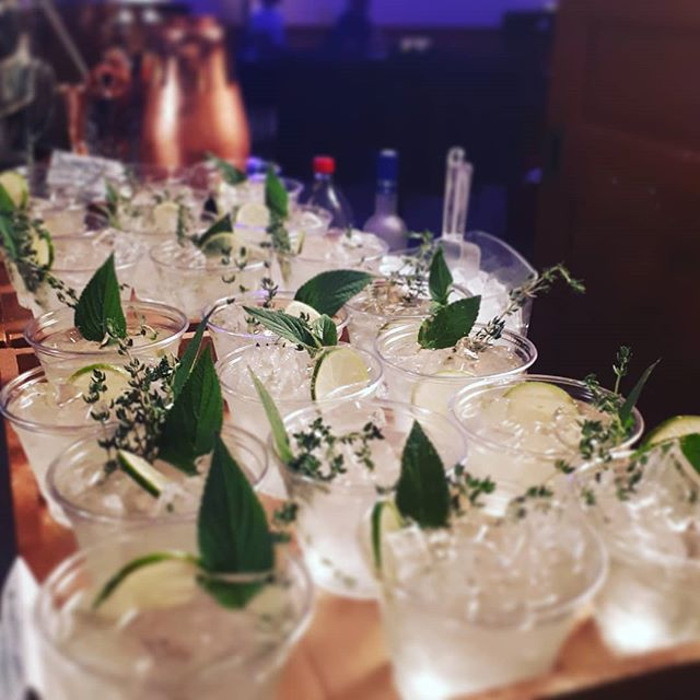It's always always a good time for a Gin and Tonic! Check out our version of a fresh herb version of a summer classic. • • • • • • #mobilebartending #g&t #gin #bitterlemon #lemonthyme #pineapplesage #weddingcocktails #classiccocktails