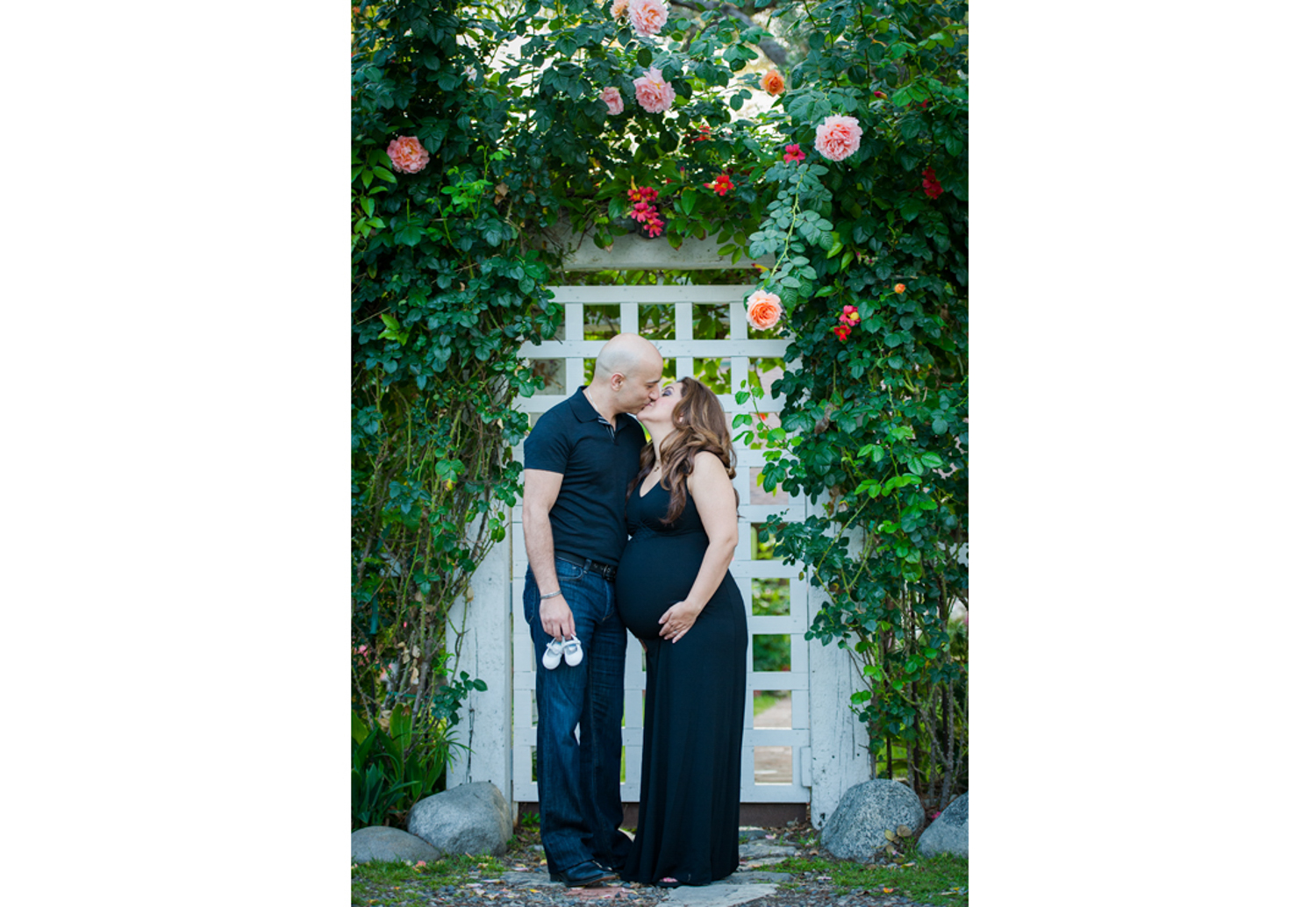 MATERNITY PHOTOGRAPHY FLORAL.jpg