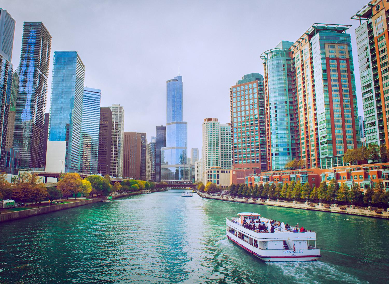 ChicagoBoatTour.jpg