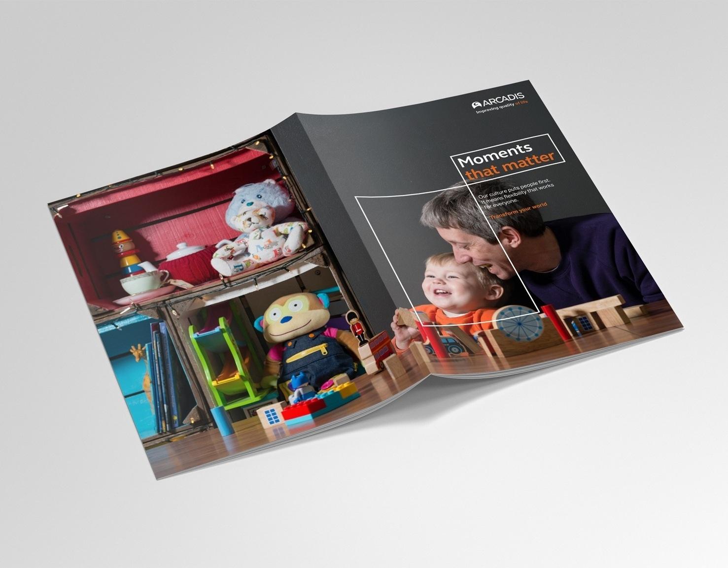 Arcadis_Mockup_Brochure.jpg