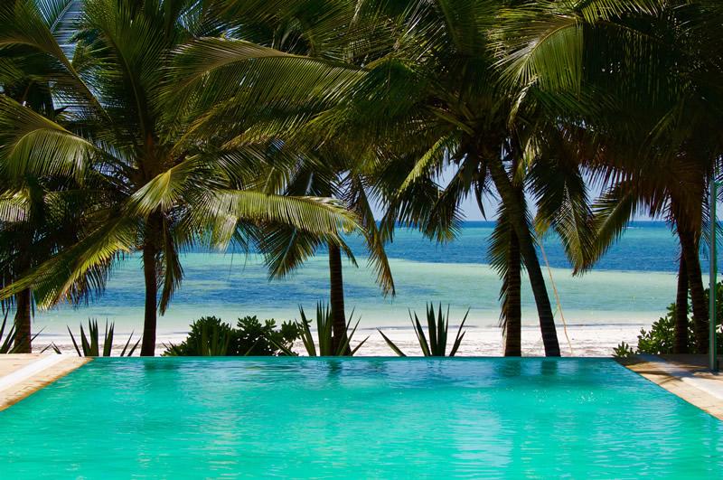 garden-beach-villa-zanzibar-infinity-pool.jpg